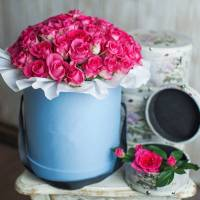 45 розовых роз в коробке R034