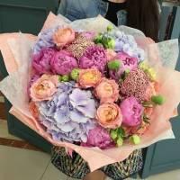 Сборный большой букет с пионовидной розой R011