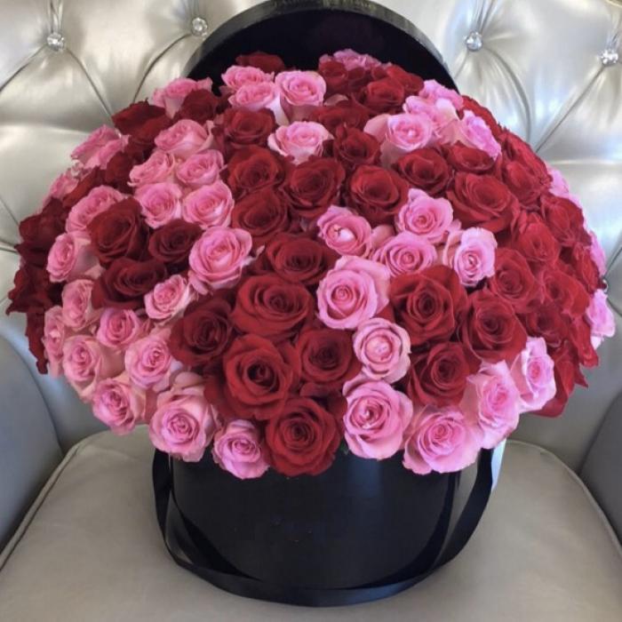 101 красно-розовая роза в коробке R001